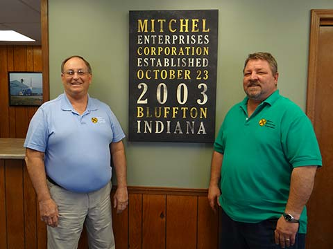 Leon Mitchel and Jan Mitchel, owners
